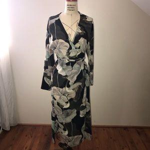 db50afbe6901 Zara Dresses | Crane Print Green Wrap Dress | Poshmark